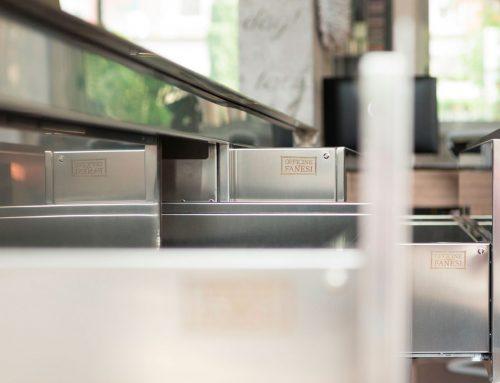 Officine Fanesi e i-furniture: plasmare l'acciaio